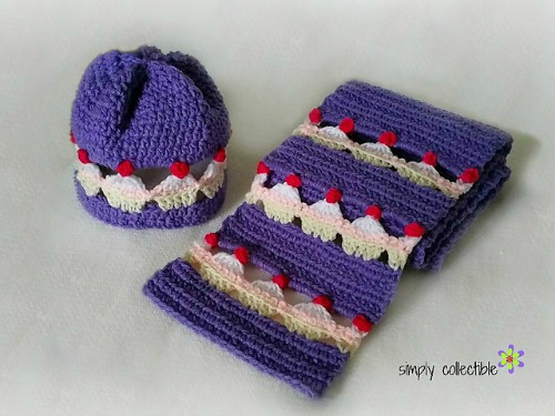 Cupcake Lovers Beanie and Scarf Set